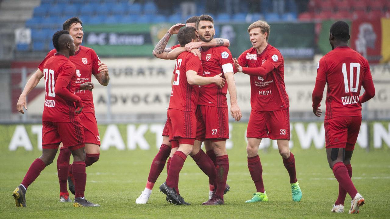 Fc Vaduz Gegen Eintracht Frankfurt Im Tv Und Iptv Live